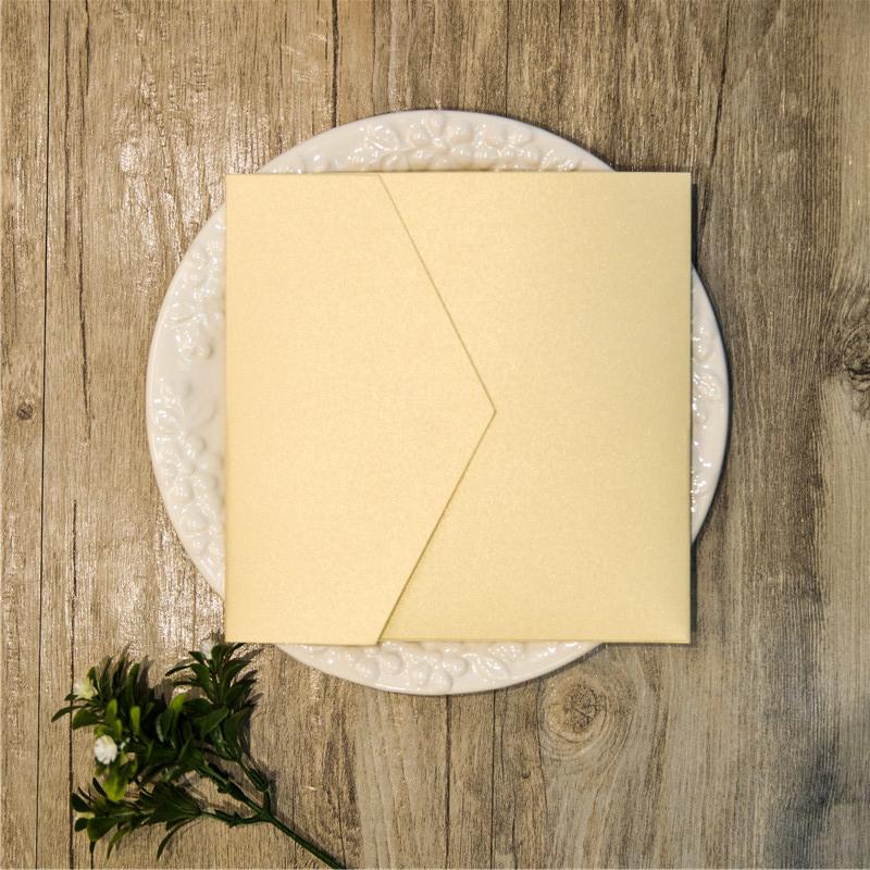 Pochette de faire-part format carré