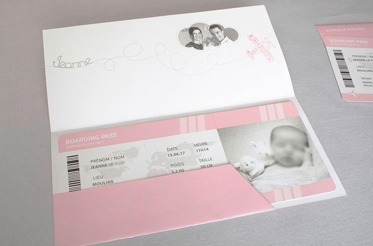 Faire part naissance, billet avion fille