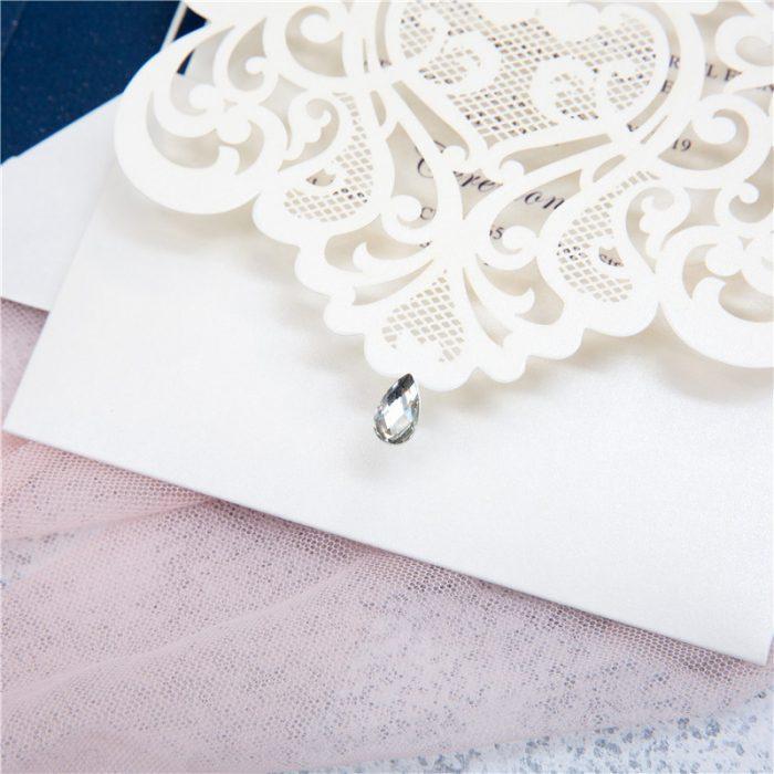 Faire-part romantique blanc
