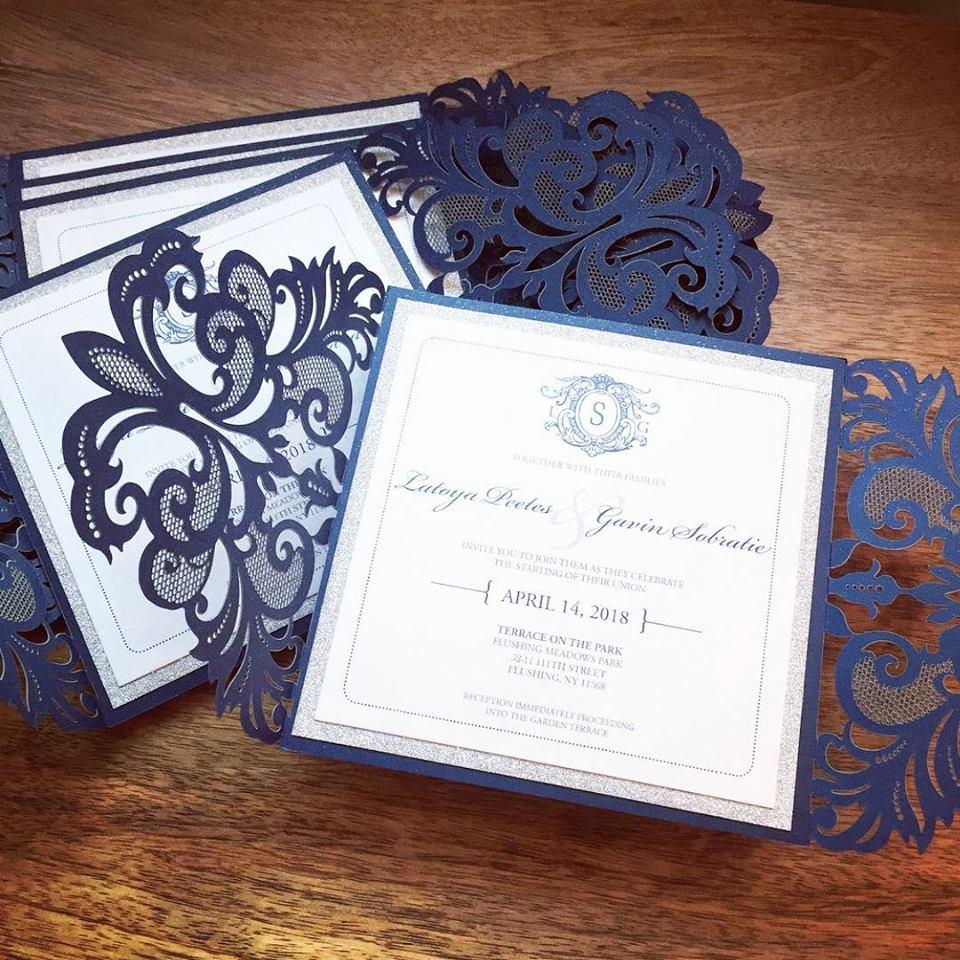Faire part mariage dentelle bleue